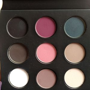 Make up for ever 9 artist shadow palette volume 4